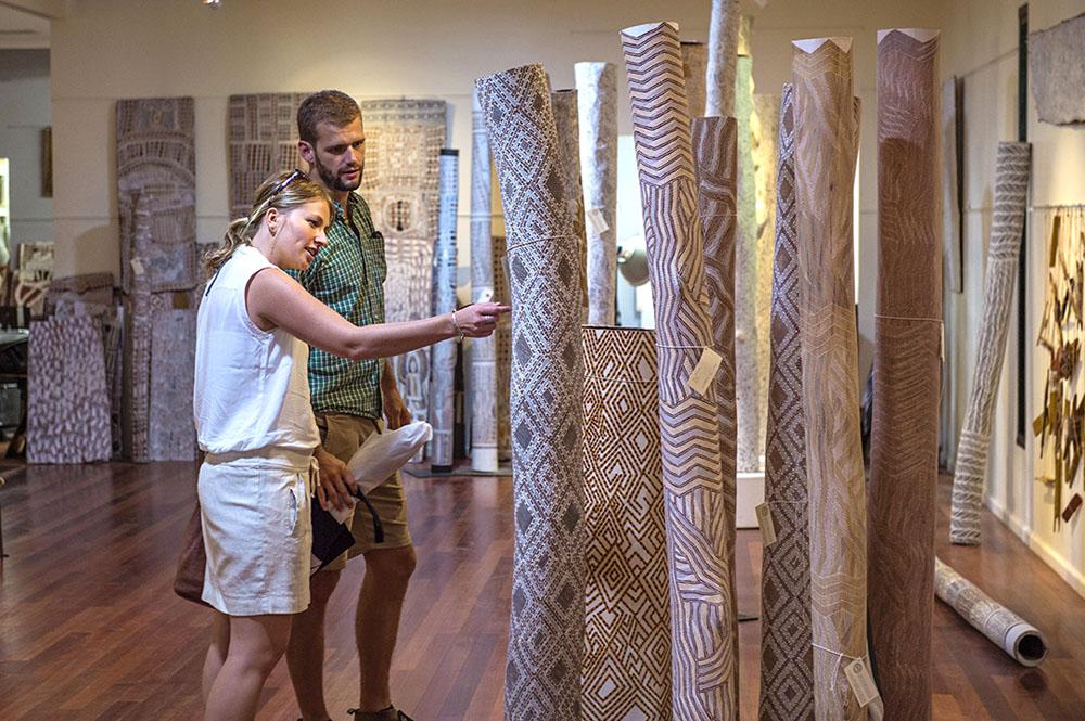 Remote Art centres for authentic Aboriginal art